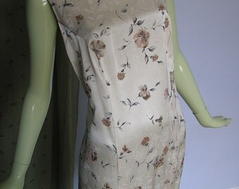 1990s Vintage Floral Print Tank Dress in Chantilly Cream Plus Size