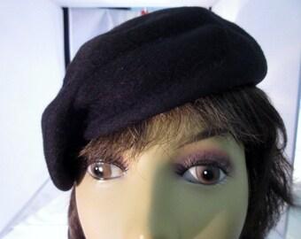 Vintage Beret by Betmar -Black Wool