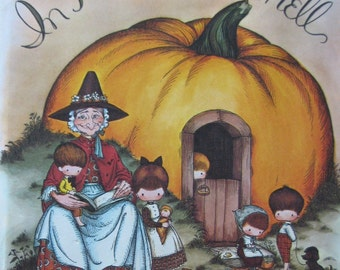 Joan Walsh Anglund Large Book In a pumpkin shell