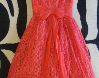 RED LACE vintage PARTY dress 1950's 50's full skirt prom 25 waist