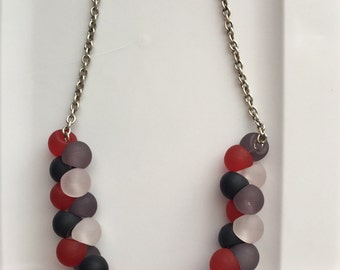 Frosted Bead and Silver Chain Necklace