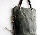 Pisgah Fold-Over Tote in Fir Green/ Waxed Canvas Tote Bag / Zipper Tote / Crossbody Bag / Shoulder Bag