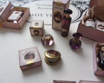 Nostalgische Kosmetik - Lady Violet - Puderdose mit Schachtel - Puppenhaus