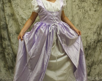 Child Lavender Renaissance Dress- Princess Halloween-Little Girls Costume-Purple Dress-Dress Up Costume-Renaissance Princess Dress