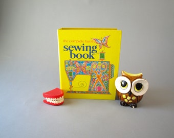 Vintage 1971 the complete family sewing book