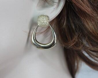 Vintage Liz Claiborne Gold Tone Dangle Drop Earrings Pierced