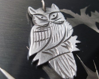 Vintage Pewter Owl Pendant