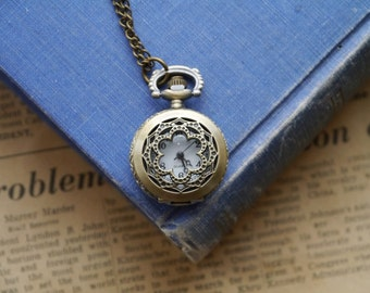 Antique Bronze Vintage Style Lace Design Pocket Watch with Chain