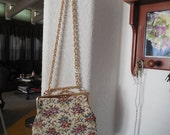 Pretty small tapestry purse with long chain hanmade in Japan