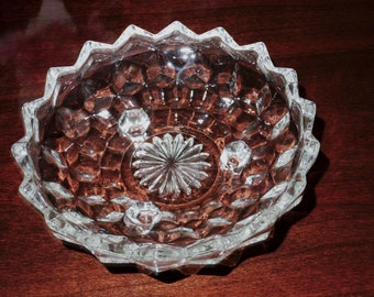 COLONY CUBE 3 Toed Candy Bowl Dish Clear Whitehall Scalloped Edge Heavy Clear Crystal Cubist Nuts Bon Bon Stacked Cube Excellent Condition
