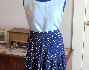 Vintage 1980s | Navy Blue Skirt with White Polka Dots | Gathered Flounce | Nylon Zipper and Elastic Waist | Marked Made in USA | Size Medium