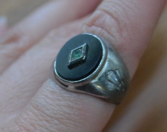 Gorgeous antique rhodium plate sterling silver edwardian art deco mens ring with black onyx glass stone / uncas / LKJHWW