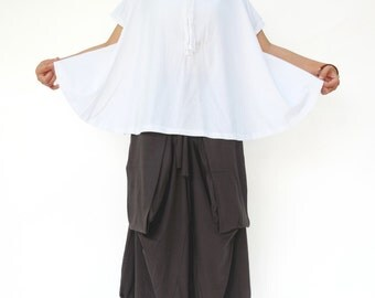 NO.196 White Cotton Jersey Boat Neck Tee, Asymmetric Loose T-Shirt, Women's Top