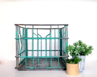Antique Milk Crate, 1953 Borden's Milk Crate, Wire Bottle Carrier, Original Teal Blue Paint, Industrial Wire Basket, Wire Milk Basket