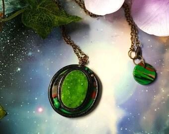 Green druzzy quartz retro futuristic necklace