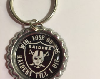 Bottlecap Key Chain, Raiders Football Sports, Birthday Party Favors, Oakland Raiders - Sports Gift, Keychains, Key Rings