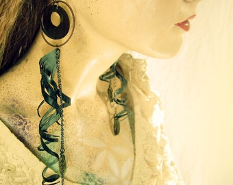 Laser cut jewelry, Eco-friendly Vegan Bicycle Tube Spiral Feather Earrings, labadoride earrings
