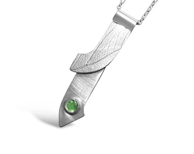5mm Peridot Sterling Silver Pendant