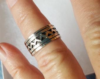 Silver Wide Ring Wedding Band Infinity Waves 10mm Eternity 925 Sterling Size 7 Ring Gift Birthday Anniversary Wedding Bride Chevron Swirls
