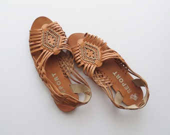 90s Beaded Leather Huaraches Strappy Sandals Women's US Size 8.5 or Euro 39