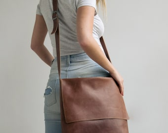 Leather Messenger Bag, Womens Satchel, Leather Cross Body Bag, Brown Leather Satchel, Laptop messenger Bag, Personalized Bag, Woman Bags