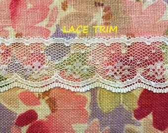 2-1/3 YARDS, CREAM 1-1/4 Inch, Flat Lace Sewing Edge Trim, Netting, Scallops, Flowers, L253