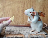 Needle felted white mouse. Steampunk creature. Collectible toy. Realistic animal. Felt white rat with wings.