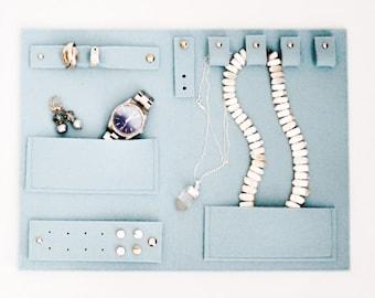 Travel Jewelry Clutch, Jewelry organizer, jewelry keeper, jewelry holder, jewelry storage, jewelry display, jewelry bag, jewelry hanger