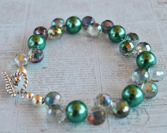 Iridescent green bracelet set with pearls, crystals and sterling silver, sparkly bracelet, handcrafted bracelet