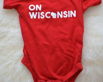 Wisconsin baby badger bodysuit - On Wisconsin, Cute state clothing, handmade, Madison, WI - baby shower gift by Eclectic Badger