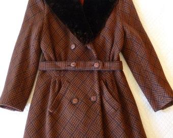 Vintage Bullock's Wilshire Women's Coat~~Small/Medium Vintage Coat~Coppola Design~Deitsch Werbsa & Coppola Inc~Fur Collar Coat~~Belted Coat
