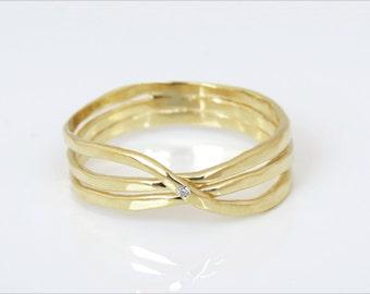 Diamond Infinity Ring, Infinity gold ring, Infinity wedding band, 14k gold diamond infinity ring, diamond gold ring, small diamond ring.
