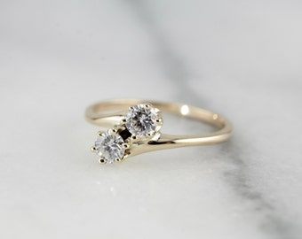 Double Diamond Vintage Bypass Ring  NK38R9-R