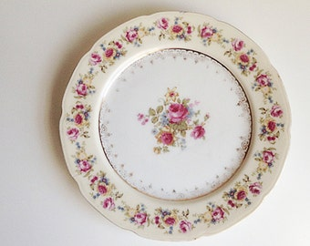 Vintage Gold Castle Floral Hostess Luncheon Plate, Made in Japan, 1940s, Gold Castle Fine China,Cottage Decor