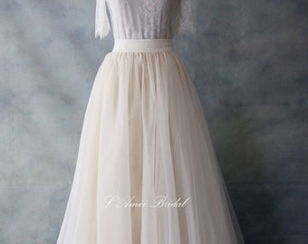Classical Custom Made Soft Lace Light Champagne Wedding Gown with Lace Three-quarter Sleeves
