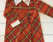 The Young Artist / Vintage 1970s Girls Plaid Dress