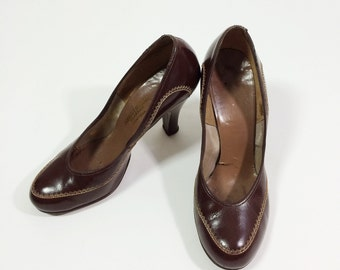 Innovative Retro 60u0026#39;s Shoes 1960s- Joccellini- Womens Shoe Has A Outer Soft Dark Brown Leather With 2in ...