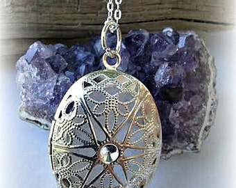 Essential Oil Diffuser Necklace, Aroma Necklace,Aromatherapy Locket Necklace,Homeopathic Jewelry, Fragrance Locket,Perfume Locket Necklace