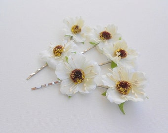 Anemone Hairpins. White Anemone. Bridal anemone bobby pins. Wedding anemone flowers.Set of six.Spring wedding.