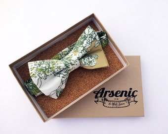 Floral bow tie | green and white bow tie | mens bow tie | boys bow tie | toddler bow tie | vintage bow tie | womens bow tie | gifts for men