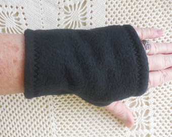 Wrist warmers in BLACK fleece for outdoor, cool room use gauntlet glove, great for texting, typing, playing guitar, fingers fully functional
