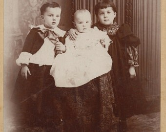 Cabinet card- Three children