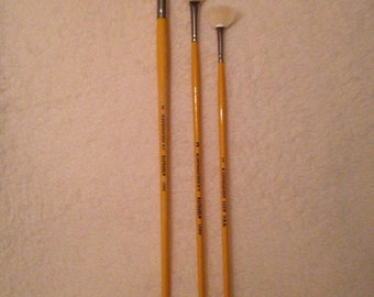 vintage raphael fan paint brushes, set of 3 , 1060 series , new old stock
