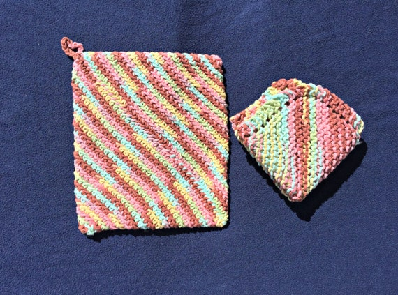 Items similar to Double Thickness Crocheted Cotton Potholder - Matching Knit ...