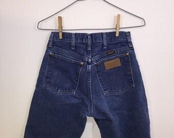 "25"" Waist - Medium Wash WRANGLER Cut-Off Denim Shorts"