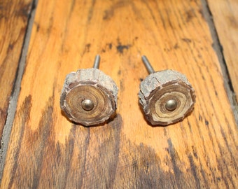 Wood Log Knob Pull, Rustic Cabin Country, Cabinet Handle, Drawer Pull,farmhouse,furniture hardware,kitchen,bathroom,dresser,woods,outdoors
