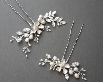 Bridal hair pins,Pair of Hair Pins,Crystal hairpins,Silver hair pins,wedding hair pins,hair pins set, pair of hair pins,floral hair pins