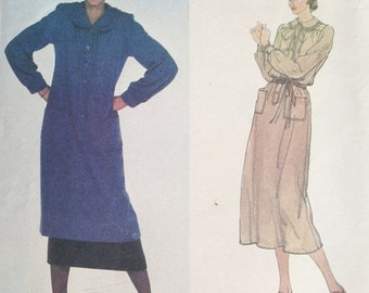 30% OFF SALE Vogue 2051 Valentino Dress or Tunic and Skirt 1970s Pattern BUST 36 Uncut