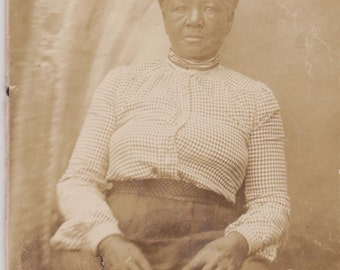 Vintage Photo Older African American woman - trimmed Cabinet Card