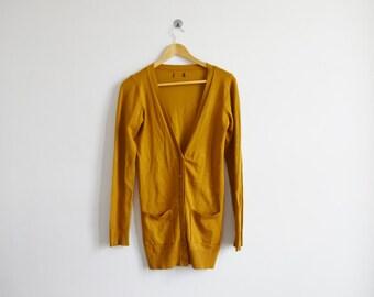 vintage 1970s mustard yellow cardigan
